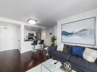 "Photo 4: 2106 1331 W GEORGIA Street in Vancouver: Coal Harbour Condo for sale in ""The Pointe"" (Vancouver West)  : MLS®# R2504782"