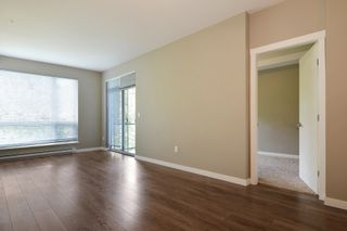 """Photo 3: 204 2238 WHATCOM Road in Abbotsford: Abbotsford East Condo for sale in """"Waterleaf"""" : MLS®# R2391308"""