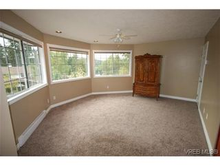 Photo 9: 3553 Desmond Dr in VICTORIA: La Walfred House for sale (Langford)  : MLS®# 635869