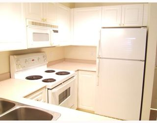 """Photo 3: 106 2388 TRIUMPH Street in Vancouver: Hastings Condo for sale in """"ROYAL ALEXANDRIA"""" (Vancouver East)  : MLS®# V734998"""