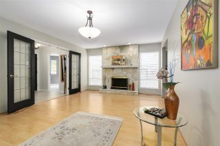 """Photo 3: 4420 WALLER Drive in Richmond: Boyd Park House for sale in """"PANDLEBURY GARDENS"""" : MLS®# R2167603"""