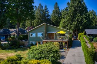 Photo 1: 1212 GOWER POINT Road in Gibsons: Gibsons & Area House for sale (Sunshine Coast)  : MLS®# R2605077