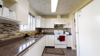 Photo 5: 1612 MILL WOODS Road E in Edmonton: Zone 29 Townhouse for sale : MLS®# E4215662