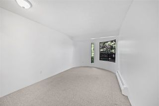 """Photo 9: 320 2320 W 40TH Avenue in Vancouver: Kerrisdale Condo for sale in """"MANOR GARDENS"""" (Vancouver West)  : MLS®# R2498310"""