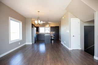 Photo 7: 10 Tweed Lane in Niverville: The Highlands Residential for sale (R07)  : MLS®# 1927670