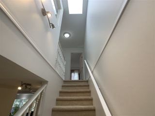 """Photo 23: 5 1552 EVERALL Street: White Rock Townhouse for sale in """"Everall Court"""" (South Surrey White Rock)  : MLS®# R2510712"""