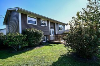 Photo 2: 104 Shrewsbury Road in Dartmouth: 16-Colby Area Residential for sale (Halifax-Dartmouth)  : MLS®# 202125596