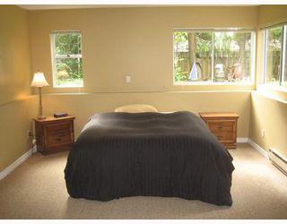 "Photo 10: 2325 WHITMAN Avenue in North_Vancouver: Blueridge NV House for sale in ""BLUERIDGE"" (North Vancouver)  : MLS®# V664643"