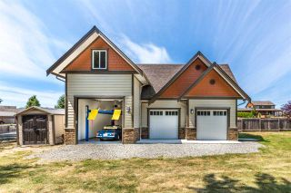 "Photo 3: 5005 BAY Road in Sechelt: Sechelt District House for sale in ""Davis Bay"" (Sunshine Coast)  : MLS®# R2217861"
