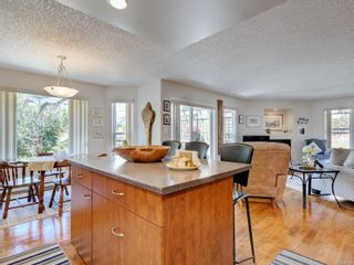 Photo 8: 2230 Townsend Rd in : Sk Broomhill House for sale (Sooke)  : MLS®# 884513