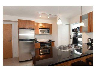 Photo 4:  in Vancouver: Downtown Condo for rent : MLS®# AR032A