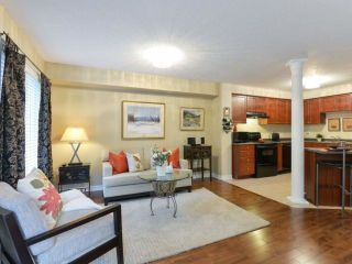 Photo 7: 464 Riverstone Dr in Oakville: Uptown Core Freehold for sale : MLS®# W4214667