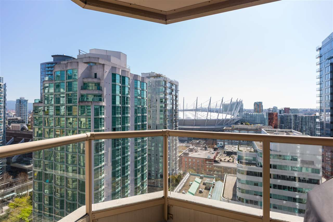 """Photo 21: Photos: 2101 867 HAMILTON Street in Vancouver: Downtown VW Condo for sale in """"Jardine's Lookout"""" (Vancouver West)  : MLS®# R2569511"""