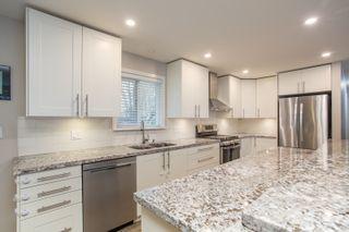 Photo 11: 5464 MAPLE Crescent in Delta: Delta Manor House for sale (Ladner)  : MLS®# R2533288