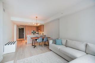 """Photo 16: 402 2738 LIBRARY Lane in North Vancouver: Lynn Valley Condo for sale in """"RESIDENCES AT LYNN VALLEY"""" : MLS®# R2589943"""