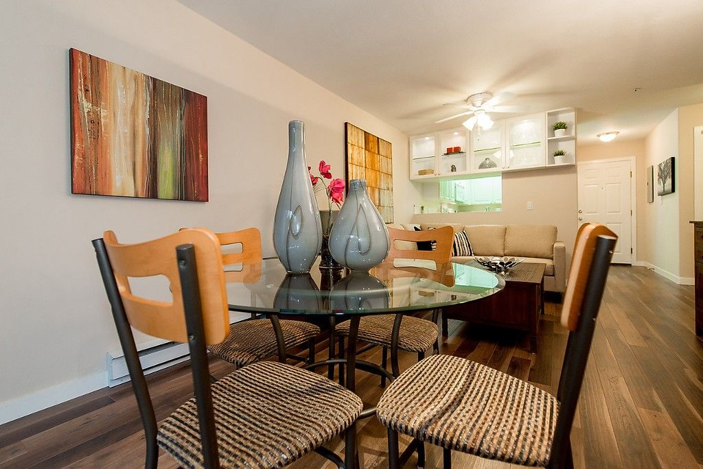 """Photo 13: Photos: 109 5788 VINE Street in Vancouver: Kerrisdale Condo for sale in """"THE VINEYARD"""" (Vancouver West)  : MLS®# V1095219"""