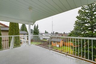 Photo 8: 638 ROBINSON Street in Coquitlam: Coquitlam West House for sale : MLS®# R2230447