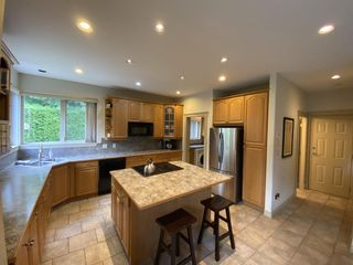 """Photo 14: 1002 PANORAMA Place in Squamish: Hospital Hill House for sale in """"Hospital Hill"""" : MLS®# R2502183"""