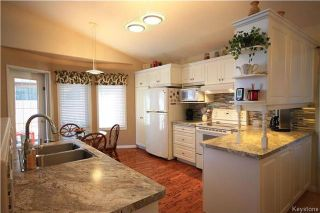 Photo 9: 205 Barlow Crescent in Winnipeg: River Park South Residential for sale (2F)  : MLS®# 1729915