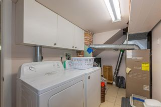 Photo 16: 1126 Lyall St in Esquimalt: Es Saxe Point House for sale : MLS®# 886359