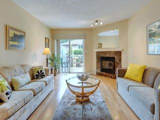 Photo 2: 25 3049 Brittany Dr in : Co Sun Ridge Row/Townhouse for sale (Colwood)  : MLS®# 886132