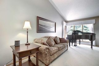 Photo 4: 14308 Shawnee Bay SW in Calgary: Shawnee Slopes Detached for sale : MLS®# A1039173