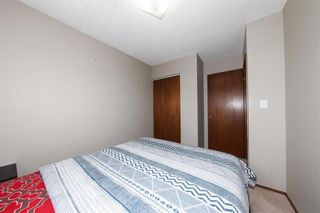 Photo 12: 29 East Lake Drive in Winnipeg: Waverley Heights Residential for sale (1L)  : MLS®# 202108599