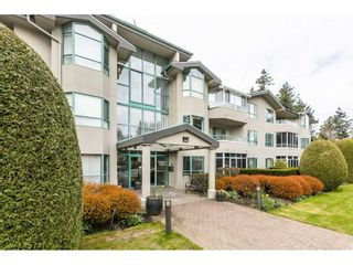 Main Photo: 102 1569 EVERALL Street: White Rock Condo for sale (South Surrey White Rock)  : MLS®# R2559352