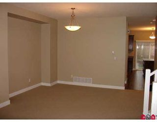 """Photo 6: 5963 165TH Street in Surrey: Cloverdale BC House for sale in """"Clover Ridge"""" (Cloverdale)  : MLS®# F2712749"""