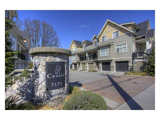 """Main Photo: 15 7171 STEVESTON Highway in Richmond: Broadmoor Townhouse for sale in """"CASSIS"""" : MLS®# V885405"""