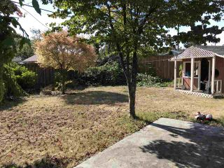"""Photo 3: 1287 W 15TH Street in North Vancouver: Norgate House for sale in """"Norgate"""" : MLS®# R2307827"""