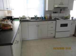 """Photo 9: 10 23141 72 Avenue in Langley: Salmon River Manufactured Home for sale in """"LIVINGSTONE PARK"""" : MLS®# R2523897"""