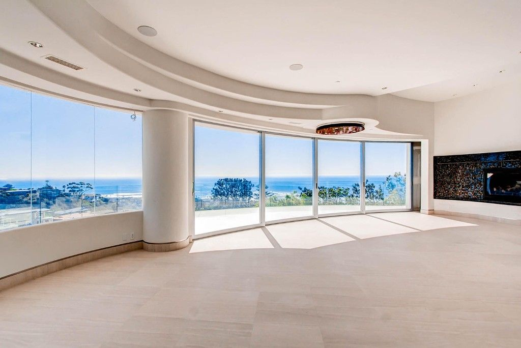 Photo 6: Photos: Residential for sale : 5 bedrooms :  in La Jolla