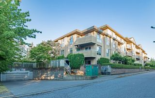 """Photo 3: 210 13780 76 Avenue in Surrey: East Newton Condo for sale in """"Earls Court"""" : MLS®# R2596740"""