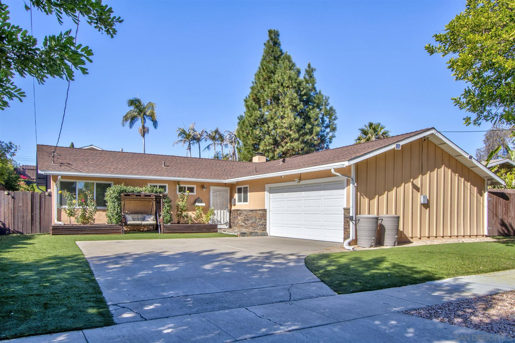 Main Photo: SAN CARLOS House for sale : 3 bedrooms : 6244 Rose Lake Avenue in San Diego