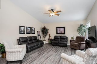 Photo 4: 238 Thompson Drive in Winnipeg: Jameswood Residential for sale (5F)  : MLS®# 202102267
