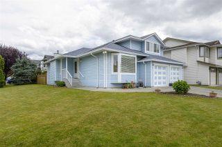 Photo 4: 20150 ASHLEY Crescent in Maple Ridge: Southwest Maple Ridge House for sale : MLS®# R2473534