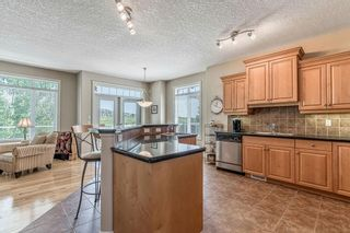 Photo 9: 22 DISCOVERY WOODS Villa SW in Calgary: Discovery Ridge Semi Detached for sale : MLS®# C4259210