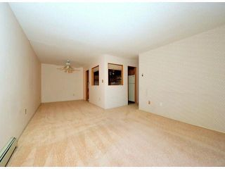 """Photo 4: # 209 33490 COTTAGE LN in Abbotsford: Central Abbotsford Condo for sale in """"Cottage Lane"""""""