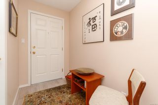 Photo 5: 312 9650 First St in Sidney: Si Sidney South-East Condo for sale : MLS®# 870504