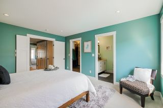 """Photo 18: 2260 164A Street in Surrey: Grandview Surrey 1/2 Duplex for sale in """"Elevate at the Hamptons"""" (South Surrey White Rock)  : MLS®# R2553427"""