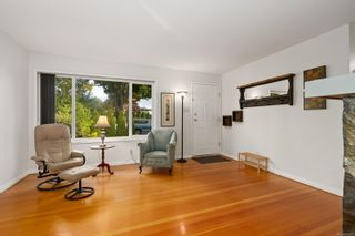 Photo 8: 1731 Newton St in Victoria: Vi Jubilee House for sale : MLS®# 859787
