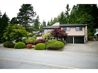 Photo 1: 380 DARTMOOR Drive in Coquitlam: Coquitlam East House for sale : MLS®# V1125171