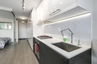 """Photo 5: 711 189 KEEFER Street in Vancouver: Downtown VE Condo for sale in """"KEEFER BLOCK"""" (Vancouver East)  : MLS®# R2217434"""