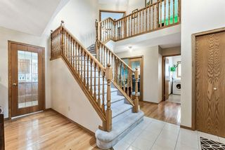 Photo 4: 618 Hawkhill Place NW in Calgary: Hawkwood Detached for sale : MLS®# A1104680