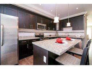 Photo 10: # 75 6383 140TH ST in Surrey: Sullivan Station Condo for sale