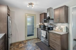 Photo 15: 1116 Donna Ave in : La Langford Lake House for sale (Langford)  : MLS®# 884566