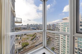 """Photo 20: 2101 120 MILROSS Avenue in Vancouver: Downtown VE Condo for sale in """"Brighton"""" (Vancouver East)  : MLS®# R2617891"""