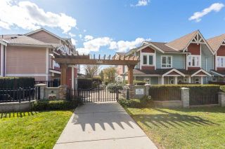 Photo 1: 204 568 ROCHESTER Avenue in Coquitlam: Coquitlam West Townhouse for sale : MLS®# R2562593