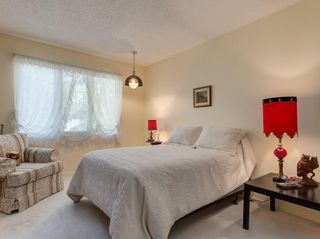 Photo 33: 56 BAY VIEW Drive SW in Calgary: Bayview House for sale : MLS®# C4136021